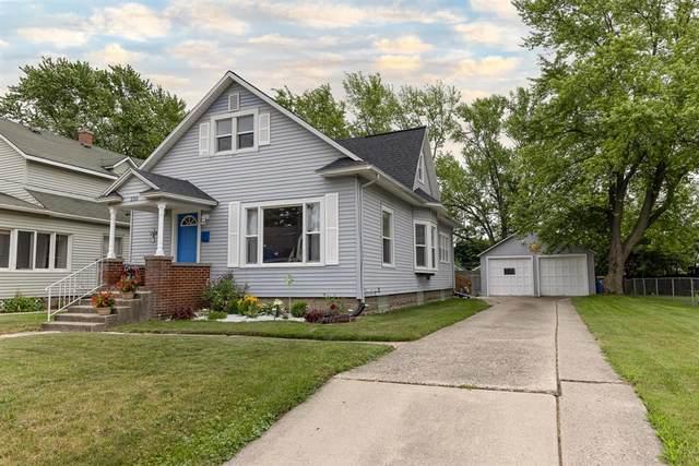 230 Knapp Street NE, Grand Rapids, MI 49505 (#65021023833) :: GK Real Estate Team