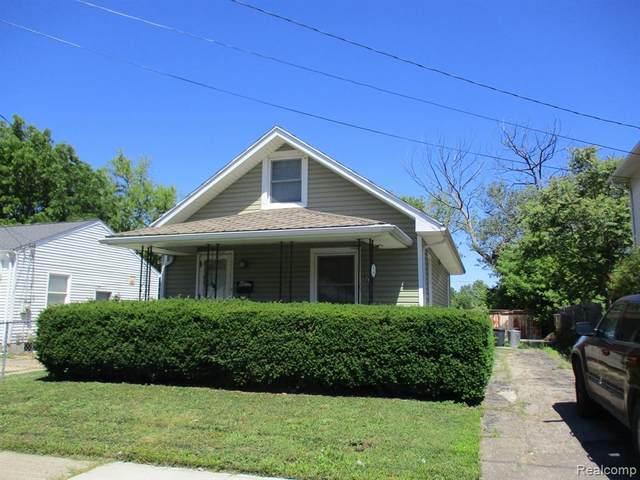 2706 Brown Street, Flint, MI 48503 (#2210048363) :: BestMichiganHouses.com