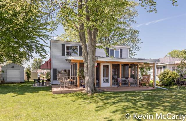 4212 E Joy Road, Gun Lake, MI 49344 (#65021023890) :: Duneske Real Estate Advisors