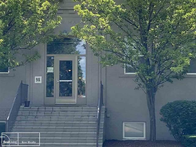 98 N Gratiot, Mt. Clemens, MI 48043 (#58050045949) :: Duneske Real Estate Advisors