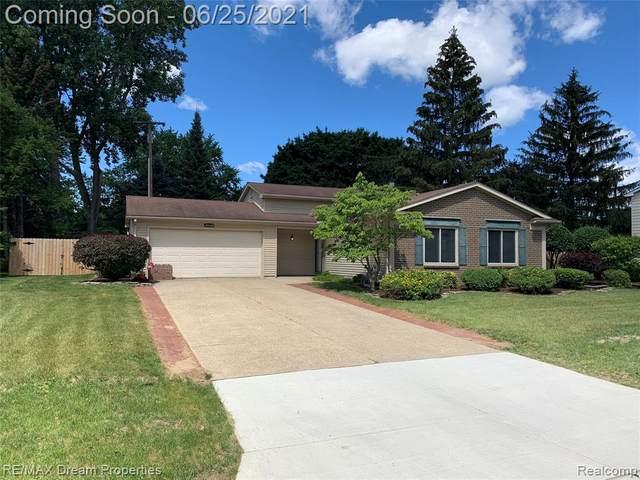 24139 Cranbrooke Drive, Novi, MI 48375 (#2210048574) :: Duneske Real Estate Advisors