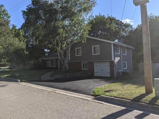 720 Brookside Drive, Otsego, MI 49078 (#66021024038) :: Keller Williams West Bloomfield