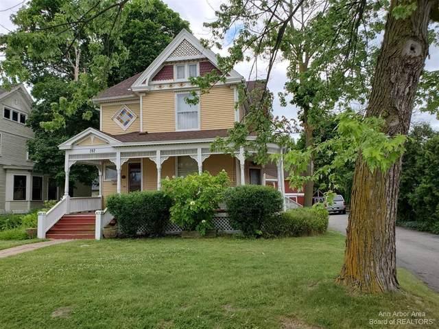 202 E Michigan Avenue, Saline, MI 48176 (#543282044) :: GK Real Estate Team