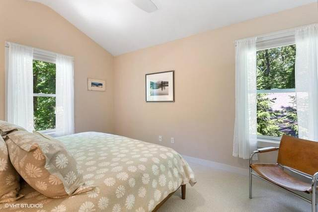 4039 Choctaw Trail, Michiana Vlg, MI 49117 (#69021024204) :: Real Estate For A CAUSE