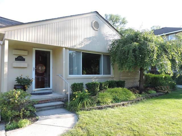 2023 Roseland Avenue, Royal Oak, MI 48073 (#2210049147) :: Duneske Real Estate Advisors