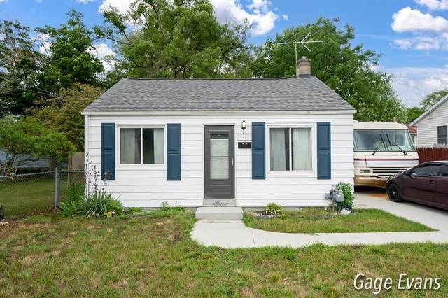 3518 Burr Avenue SW, Wyoming, MI 49509 (#65021024252) :: Keller Williams West Bloomfield