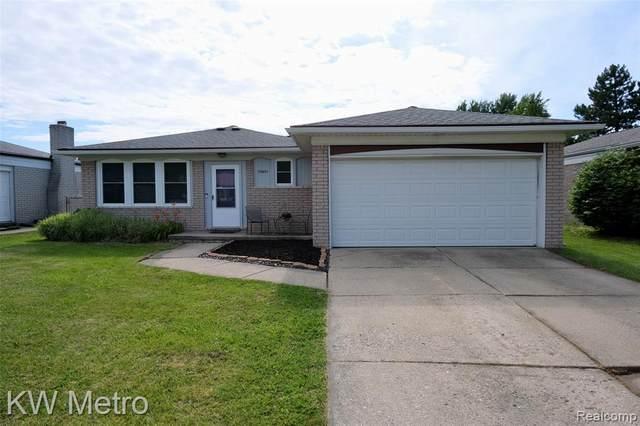 39855 Pinebrook Drive, Sterling Heights, MI 48310 (#2210049200) :: GK Real Estate Team