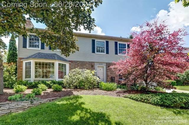 1235 Morehead Court, Ann Arbor, MI 48103 (#543281976) :: GK Real Estate Team