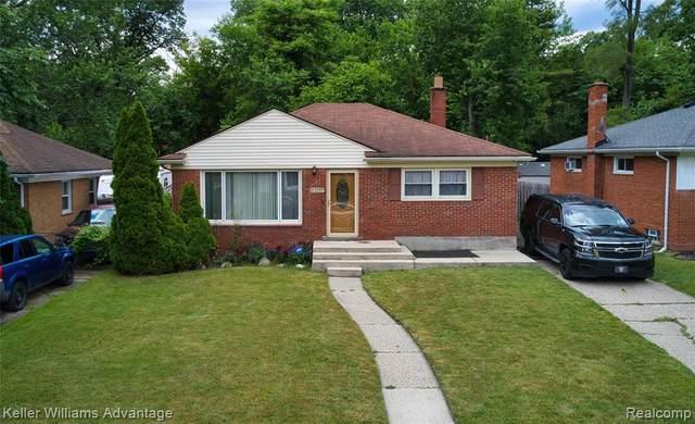 24261 Ithaca Street, Oak Park, MI 48237 (#2210049287) :: Duneske Real Estate Advisors