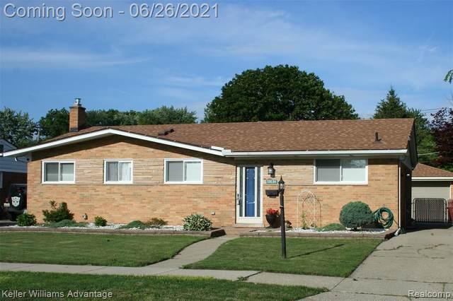 19634 Donna Street, Livonia, MI 48152 (#2210049488) :: Duneske Real Estate Advisors