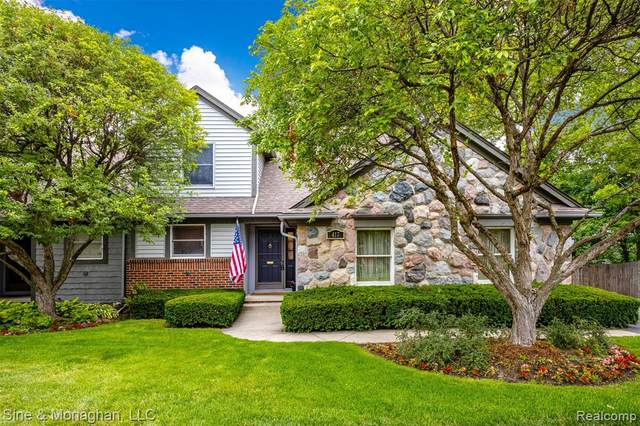 417 Oak Run Court, Royal Oak, MI 48073 (#2210049558) :: Duneske Real Estate Advisors