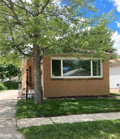 25167 Leach, Roseville, MI 48066 (#58050046309) :: Duneske Real Estate Advisors