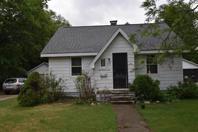 205 N Center Street, Hartford, MI 49057 (#69021024797) :: The Vance Group | Keller Williams Domain