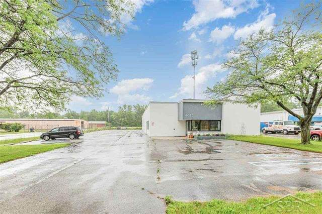 4612 James Savage Rd, Midland, MI 48642 (#61050046673) :: Real Estate For A CAUSE