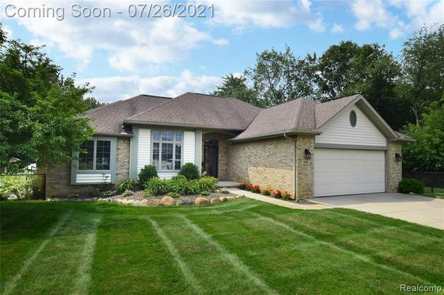 222 Silver Lake Road, Linden, MI 48451 (#2210050892) :: Real Estate For A CAUSE
