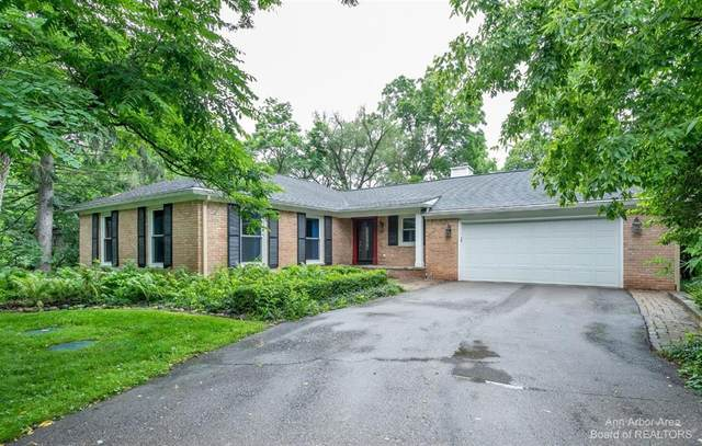 2834 Newport Road, Ann Arbor Twp, MI 48103 (#543282228) :: BestMichiganHouses.com