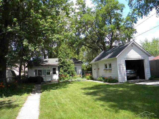 403 E Fisher, Bay City, MI 48706 (#61050047005) :: Real Estate For A CAUSE