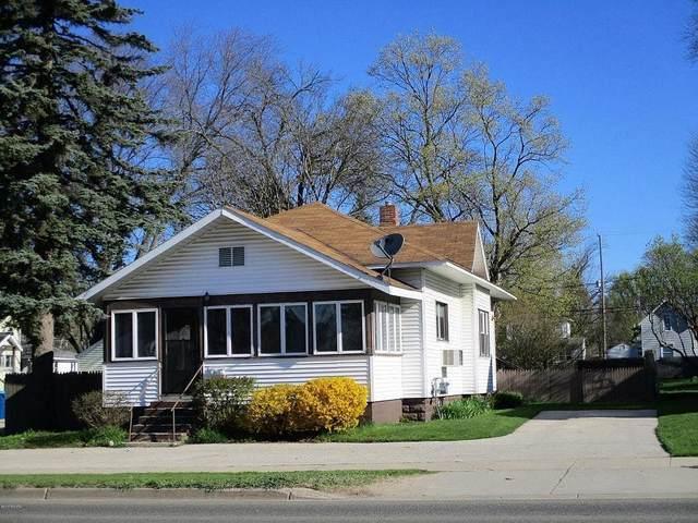126 W State Street, Scottville, MI 49454 (#67021025814) :: The Vance Group | Keller Williams Domain