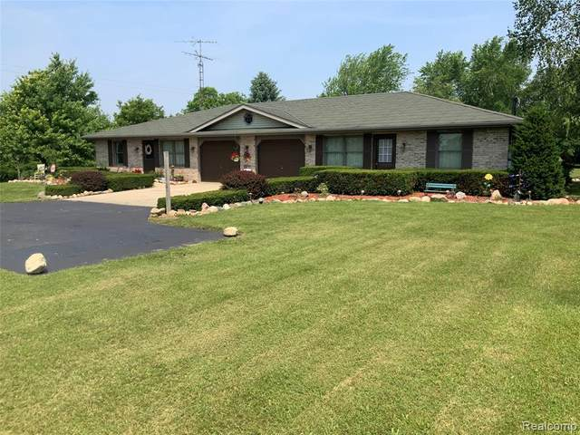 2221 E Ohmer Road, Dayton Twp, MI 48744 (#2210052335) :: Real Estate For A CAUSE