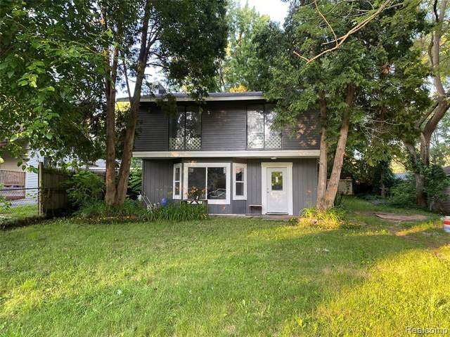 3238 Whitfield Drive, Waterford Twp, MI 48329 (#2210053815) :: GK Real Estate Team