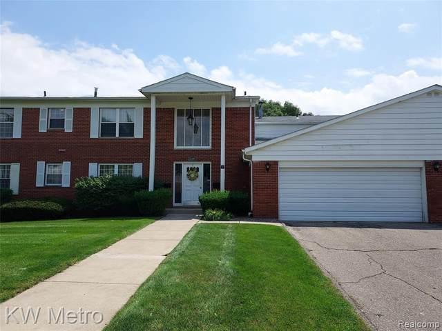 31140 Hunters Dr Unit 97, Farmington Hills, MI 48334 (#2210053961) :: Real Estate For A CAUSE