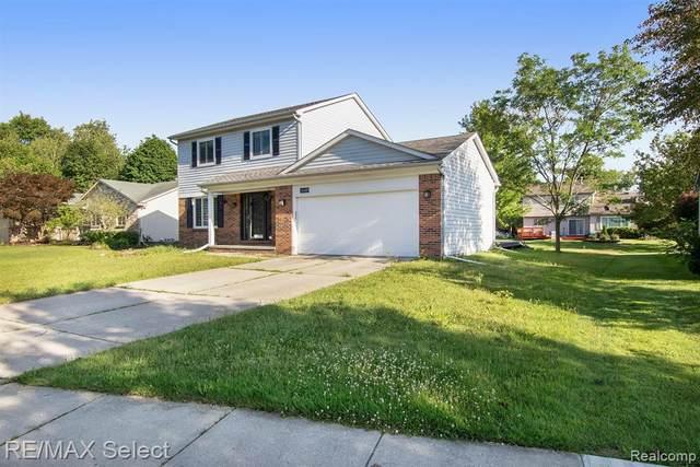 24489 Riverview Lane, Novi, MI 48374 (#2210054131) :: Duneske Real Estate Advisors
