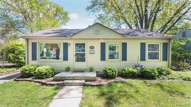 22740 Violet Street, Farmington, MI 48336 (#2210055452) :: GK Real Estate Team
