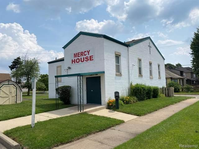 15 E. Charlotte, Ecorse, MI 49229 (#2210055650) :: Duneske Real Estate Advisors
