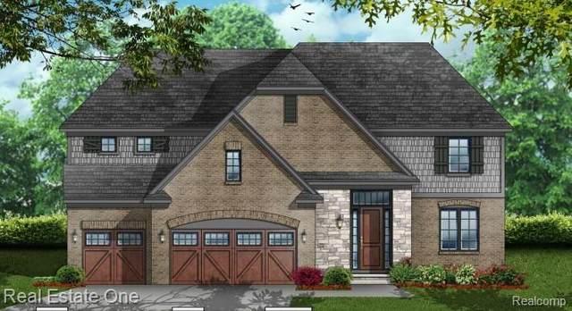 2926 Basil Drive (Unit #2), Rochester Hills, MI 48309 (#2210055687) :: The Alex Nugent Team | Real Estate One