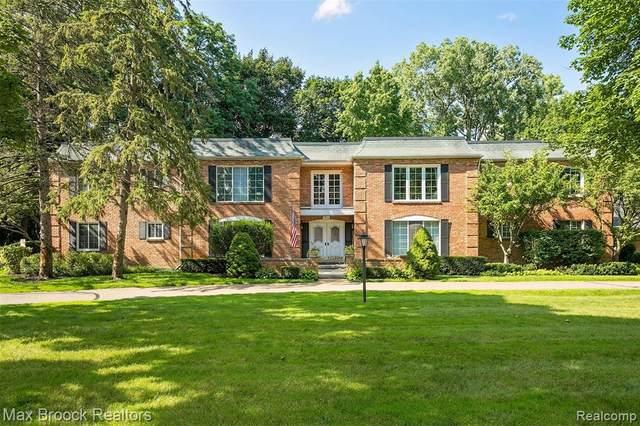 1750 Tiverton Road #25, Bloomfield Hills, MI 48304 (#2210055900) :: Robert E Smith Realty