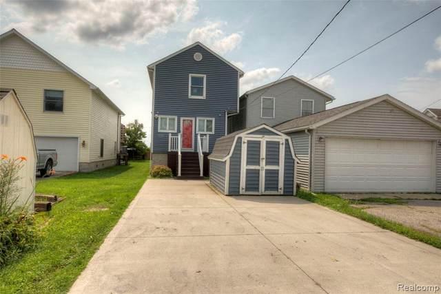 6988 Lakeshore Drive, Estral Beach Vlg, MI 48166 (#2210056178) :: Duneske Real Estate Advisors