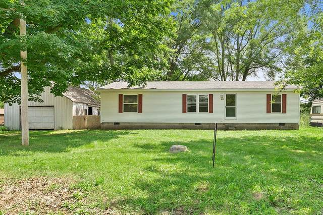 1698 S Squires Road, Casnovia Twp, MI 49451 (#65021027945) :: Real Estate For A CAUSE