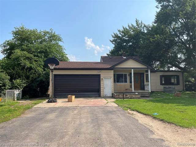 1574 E Wattles Rd, Troy, MI 48085 (#2210056373) :: Real Estate For A CAUSE