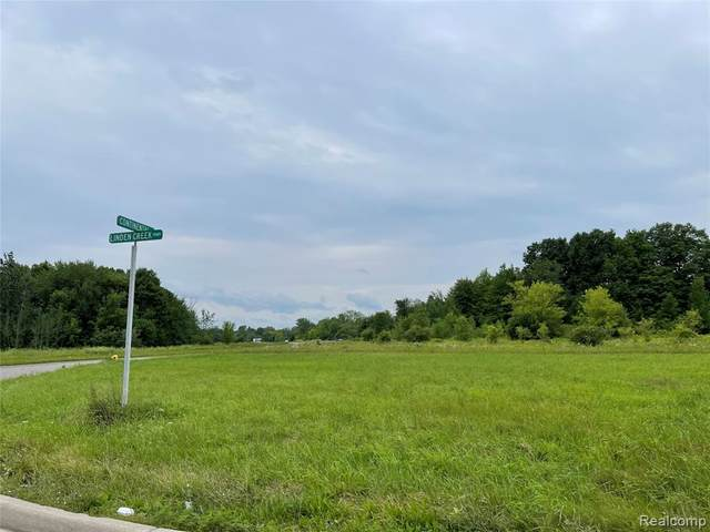 000 Linden Creek Parkway, Flint Twp, MI 48507 (#2210056480) :: Real Estate For A CAUSE
