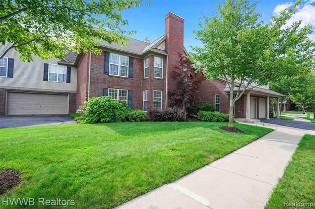 28457 Carlton Way Drive #90, Novi, MI 48377 (#2210057031) :: Duneske Real Estate Advisors