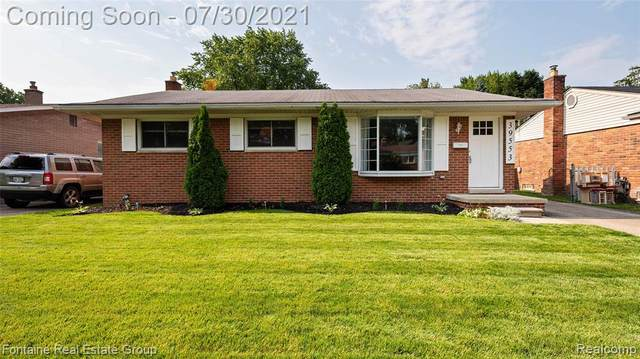 39553 Peters Drive, Canton Twp, MI 48187 (#2210057275) :: The Alex Nugent Team | Real Estate One