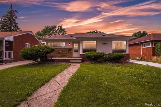 13500 Rosemary Boulevard, Oak Park, MI 48237 (#2210057538) :: Robert E Smith Realty