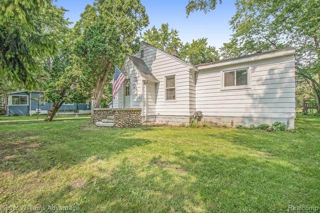 6740 Coolidge Highway, Troy, MI 48098 (#2210058054) :: Real Estate For A CAUSE