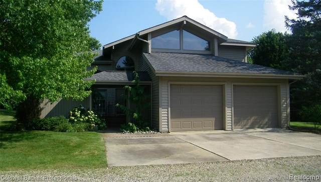 163 Briarwood Drive, Lapeer Twp, MI 48446 (#2210058113) :: Real Estate For A CAUSE