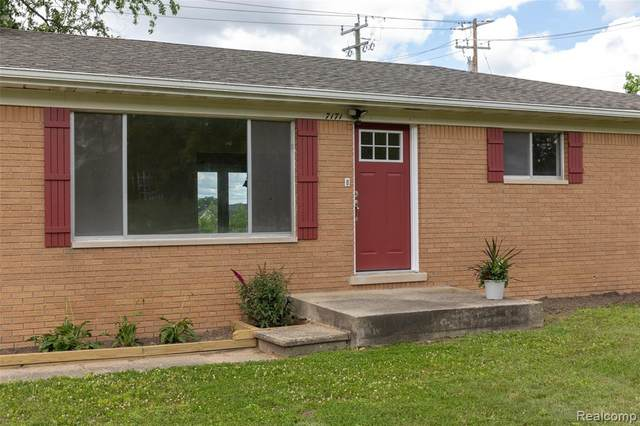 7171 Clintonville Road, Independence Twp, MI 48348 (#2210058179) :: Novak & Associates
