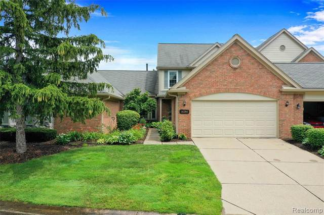16284 Country Knoll Drive, Northville Twp, MI 48168 (#2210058186) :: GK Real Estate Team