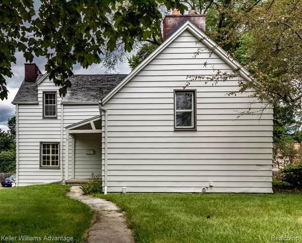 1302 Washtenaw Road, Ypsilanti, MI 48197 (#2210058220) :: Novak & Associates