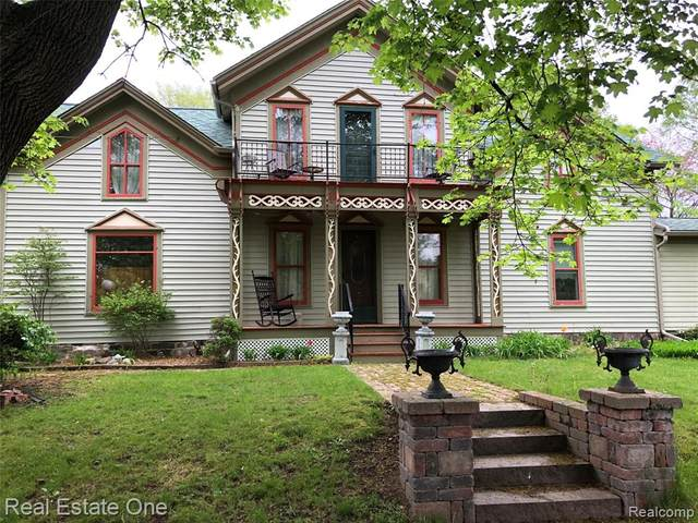 500 E Broad Street, Linden, MI 48451 (#2210058221) :: Real Estate For A CAUSE