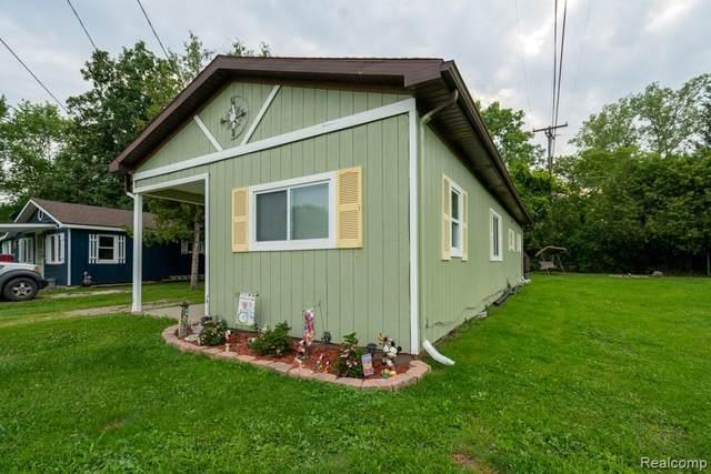 7016 Sylvia Drive, Worth Twp, MI 48450 (#2210058385) :: Duneske Real Estate Advisors
