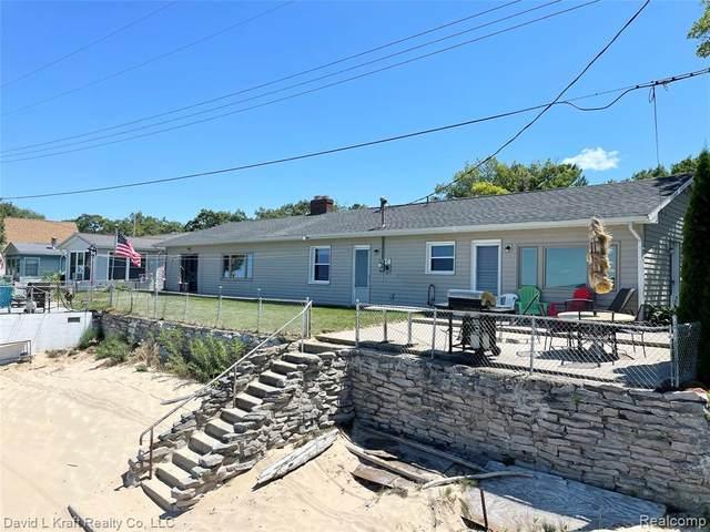 7616 Port Austin Road, Caseville Twp, MI 48755 (#2210058524) :: The Vance Group   Keller Williams Domain