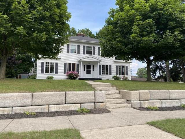 106 N Ferry Street, Ludington, MI 49431 (#67021094938) :: Real Estate For A CAUSE