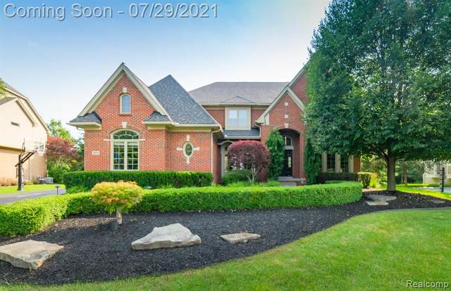 4820 Eagle Springs Court, Independence Twp, MI 48348 (#2210059069) :: Real Estate For A CAUSE