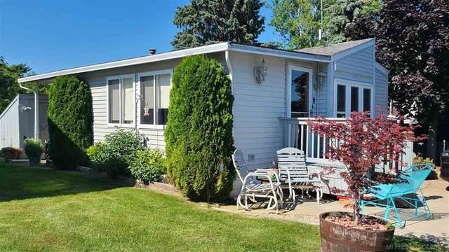 7161 Ben Franklin, Lexington, MI 48450 (#58050049303) :: Duneske Real Estate Advisors
