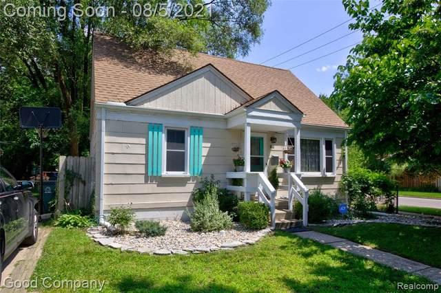 504 Saint Louis Street, Ferndale, MI 48220 (#2210059250) :: Robert E Smith Realty