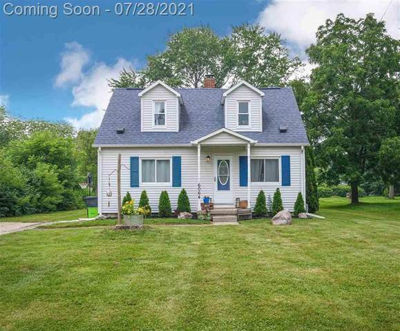 6064 Lincoln Blvd, Grand Blanc Twp, MI 48439 (#5050049398) :: Real Estate For A CAUSE